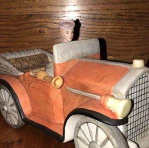 v. rare enesco 1988 lady in her car music box